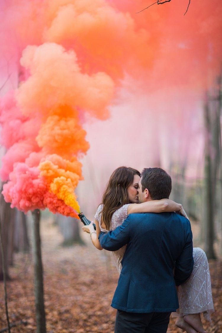 foto matrimonio con smoke bombs