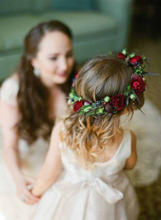 damigella sposa con corona autunnale