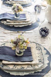 piatti e dettagli per mise en place classic blue