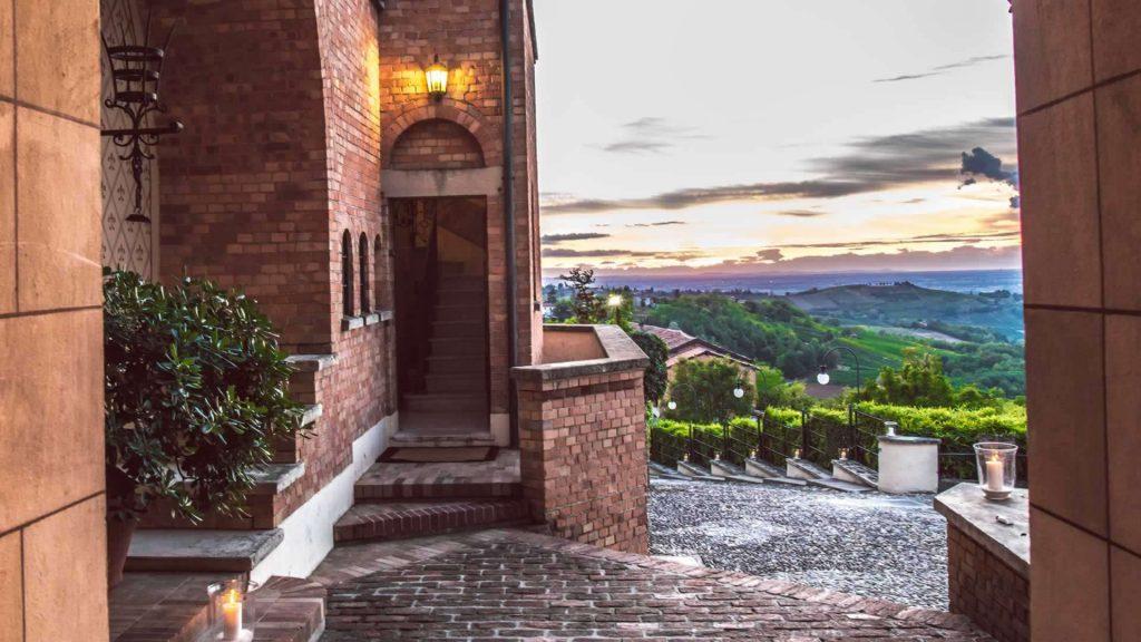 Location per matrimonio in Lombardia oltrepò PAVESE CASTELLO DI MORNICOI